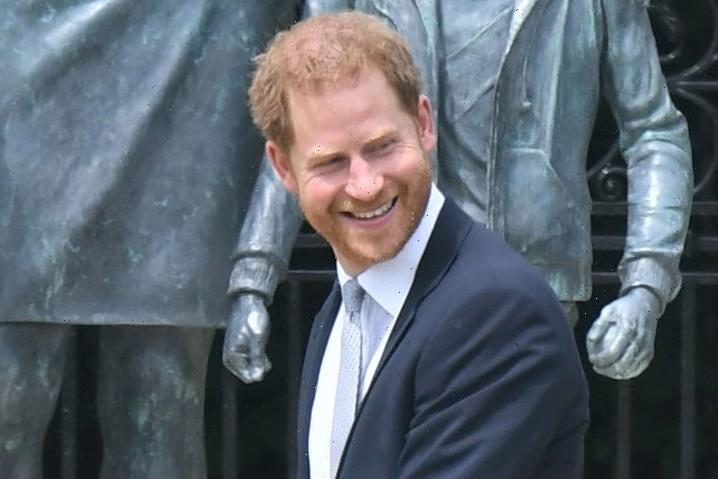 """Prince Harry 'to host """"lads lunch"""" with ex-Army pals and old school friends before jetting back to LA'"""