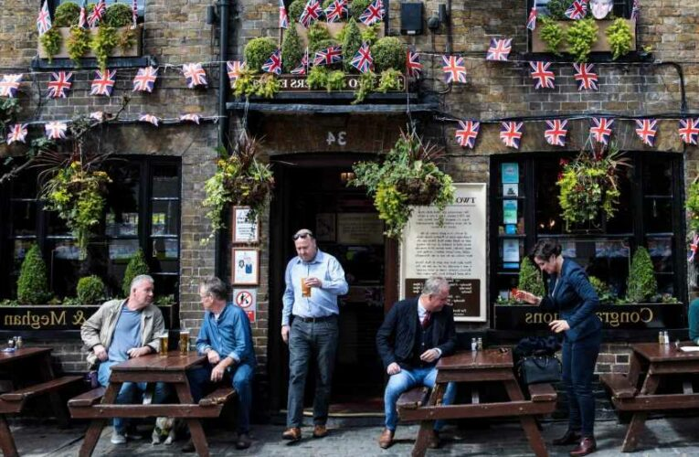 Pub confusion as gov now hints you MIGHT need vaccine passport to go for a pint after lockdown end