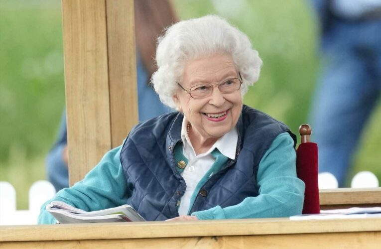 Queen beams as she arrives at Royal Windsor Horse Show