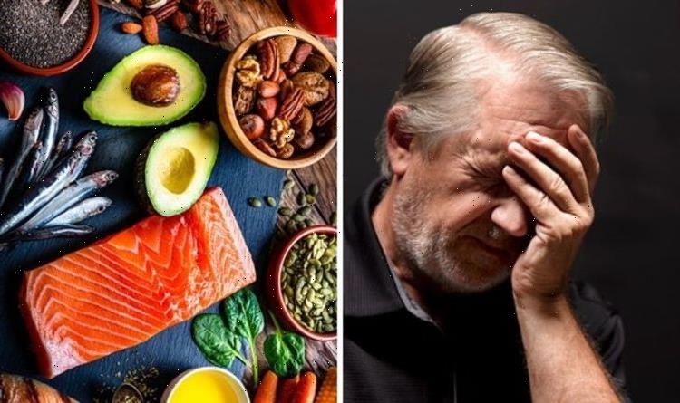Alzheimer's and dementia diet: The 5 foods to eat to protect against dementia