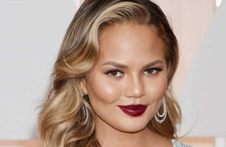 """Chrissy Teigen Made This """"Magic"""" Face Oil Sell Out Overnight — and a Year Later, It's Finally Back in Stock"""