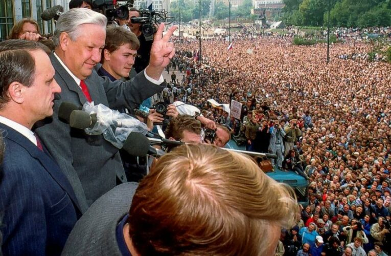 Hardline coup set the stage for Soviet collapse 30 years ago