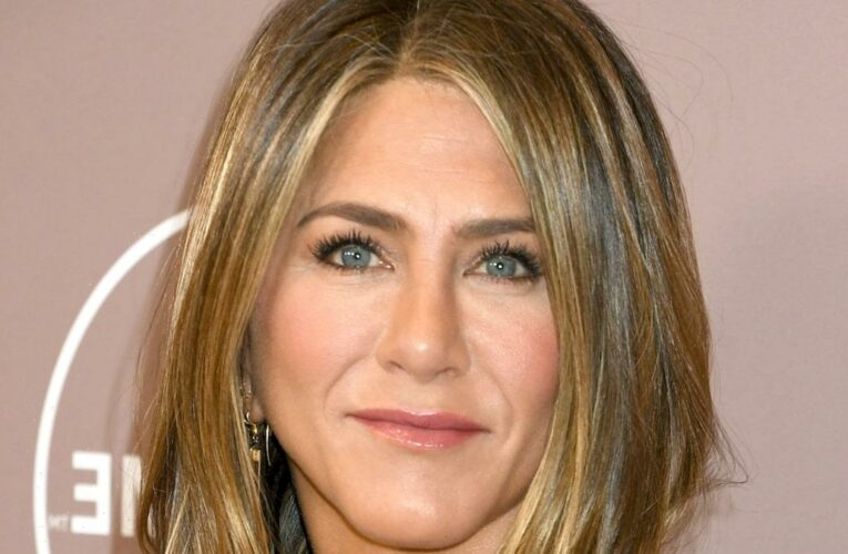 Jennifer Aniston Says She's Cut 'A Few People' Out of Her Life Due to Their Vaccination Status