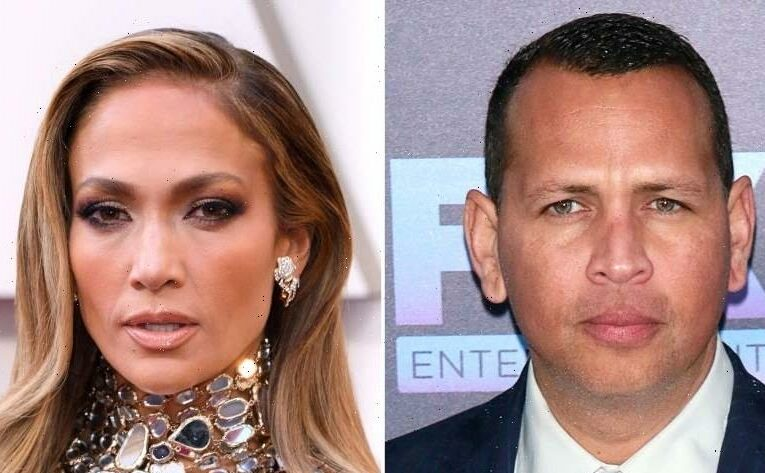 Moving On! J. Lo Erases A-Rod From Her Instagram Amid Ben Affleck Romance