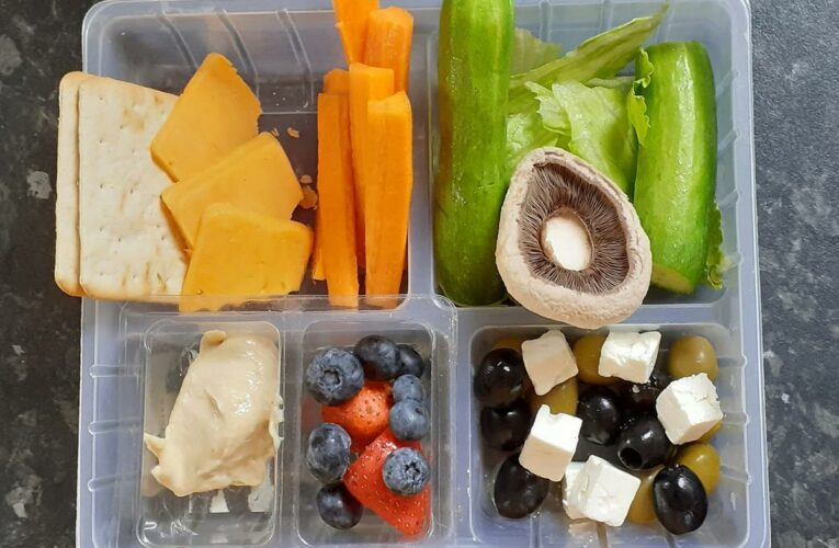 Mum proudly shows off son's 'pick n mix' lunchbox but one item totally divides opinion