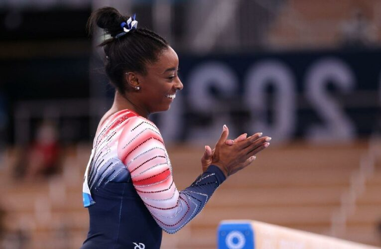 Olympic gymnastics live updates: Simone Biles wins bronze on beam in last day of event finals