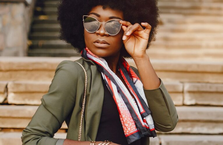Stylish Ways To Wear A Scarf During The Summer