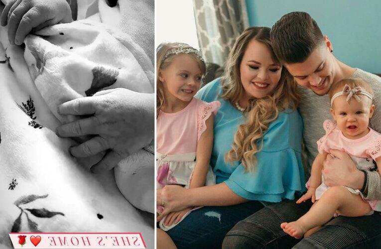 Teen Mom's Catelynn Lowell & Tyler Baltierra bring newborn daughter home from the hospital as they tease baby's name