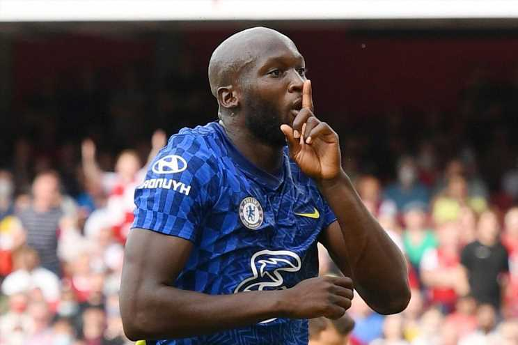 Watch Romelu Lukaku take just 15 minutes of second Chelsea debut to score at Arsenal as he bullies Gunners' defence