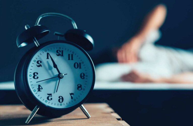 Why do I keep waking up through the night – Six tips to get back to sleep if you're up too early