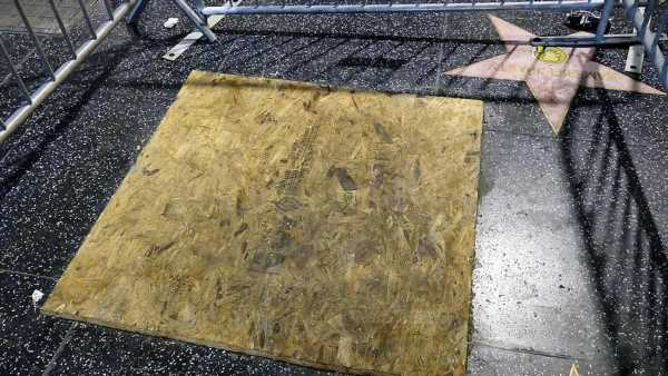 Donald Trump Walk of Fame Star Caged, Boarded Up
