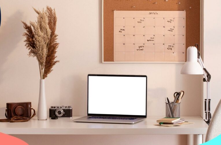 Easy desk decluttering techniques to boost productivity