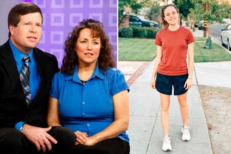 Jinger Duggar flashes her long legs in tiny shorts as she flouts her family's strict dress code