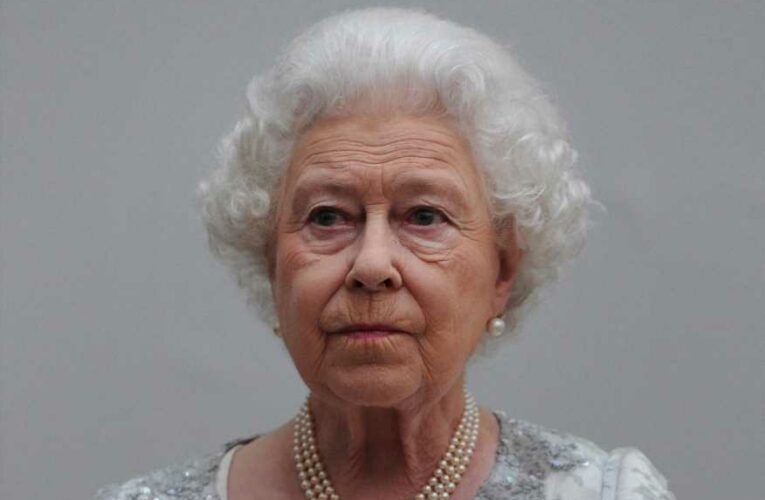 Prince Charles aide fiasco is yet another crushing blow to the Queen