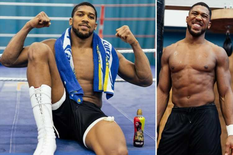 'Tired' Anthony Joshua bought three-bed Sheffield home so he could train longer with Rob McCracken for Oleksandr Usyk