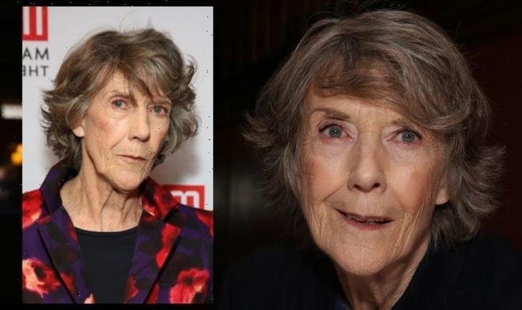 Eileen Atkins health: Breast cancer 'changed her for good' – how to check for symptoms
