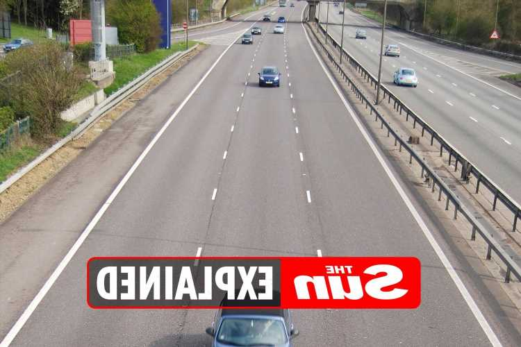 Is it illegal to stay in the middle lane on a motorway?