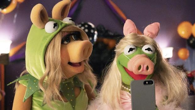 Miss Piggy Raves She's 'Amazing' In 'Muppets Haunted Mansion': I 'Steal The Show'