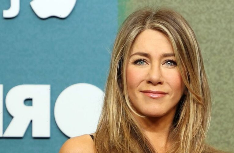 This Scalp Scrub Is a Must in Jennifer Aniston's Monthly Hair Treatments